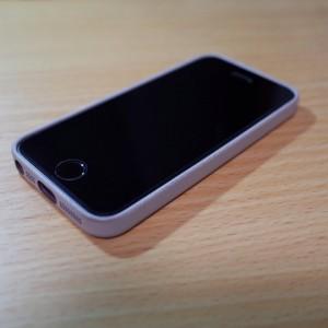 [Apple]Apple Storeで購入したiPhone 5s用の「Dock」と「Case」を使ってみた件と感じたこと