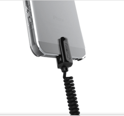 [iPhone][ケース]これは良さそう!iPhoneの落下を防ぐコイル状のヒモ付きケースがあるよ