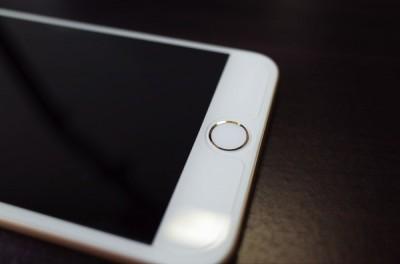 [iPhone][アクセサリー]Touch IDに貼る保護シールを買おうかどうか迷ってる→買ってしまった件