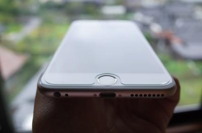 [iPhone][ガラス保護シート]届いた!iPhone 6 Plusに貼り付けた超薄強化ガラスがウススベで見た目も満足でコスパ最高な件(写真多め)