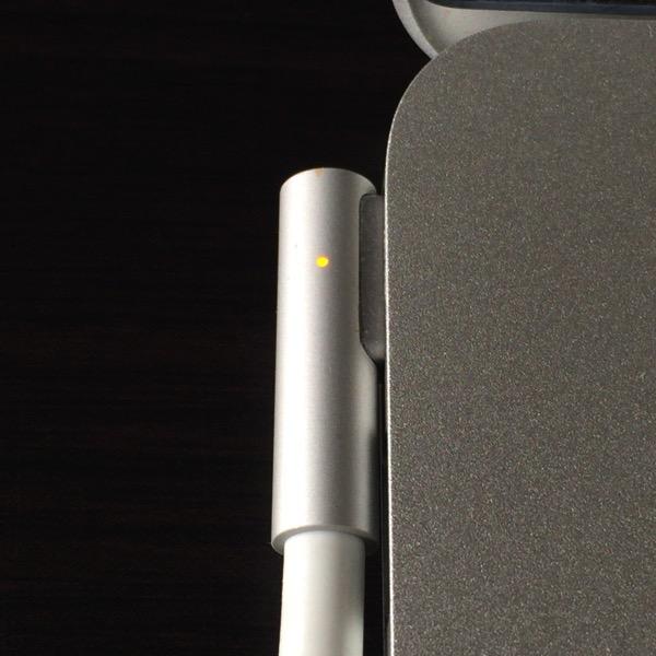 [Mac]充電トラブル!そしてMacBook Air歴3年にもなるのに知らなかった!取るに足らないことだけどMagSafeコネクタにプチ感動を覚えた件