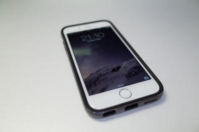 [iPhone][ケース]コスパ優秀!75%引きの980円!久しぶりに琴線に触れたiPhone 6 ケース Spigenリアル アルミニウム バンパー(スペース・グレー )のケースを注文してみたよ