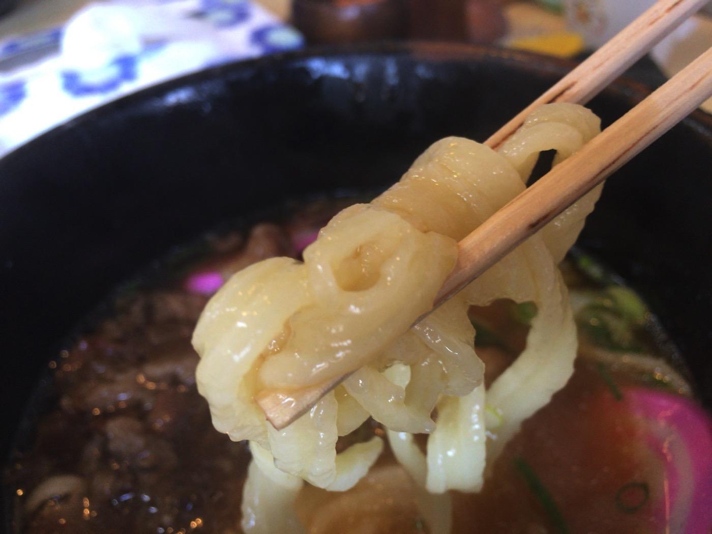 山口県柳井市釜屋-特製うどん-ちぢれ麺