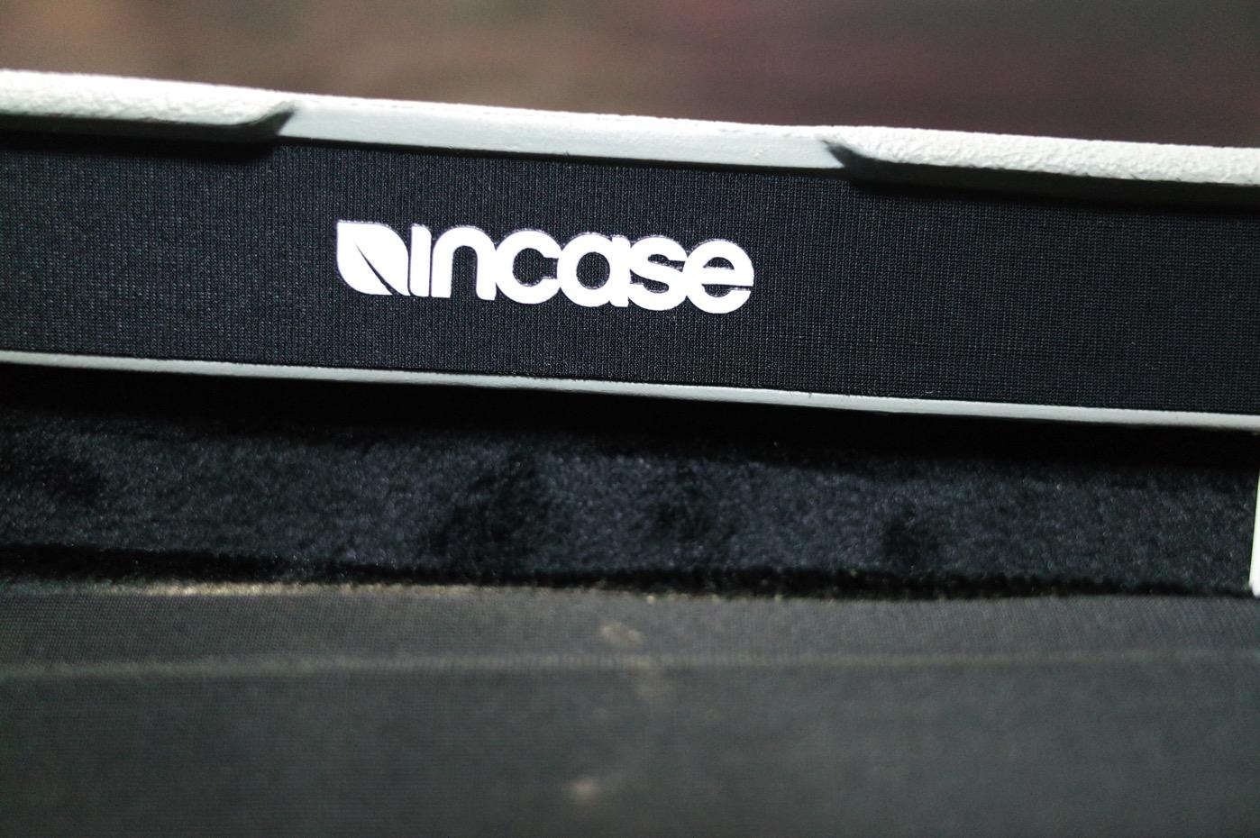Incase-11
