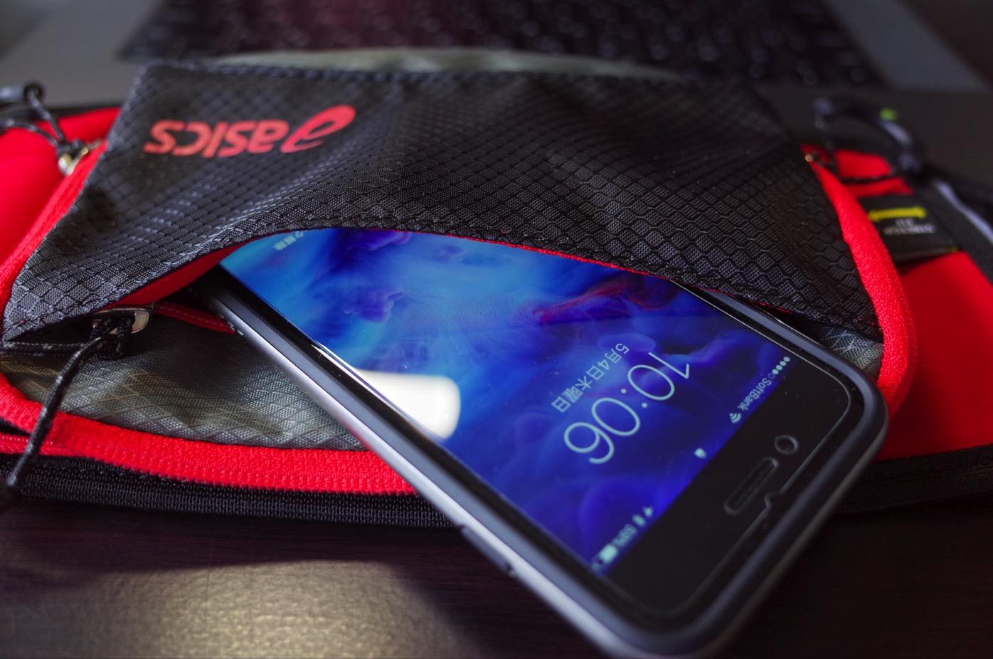 iPhone 7&アシックスのウエストバッグ