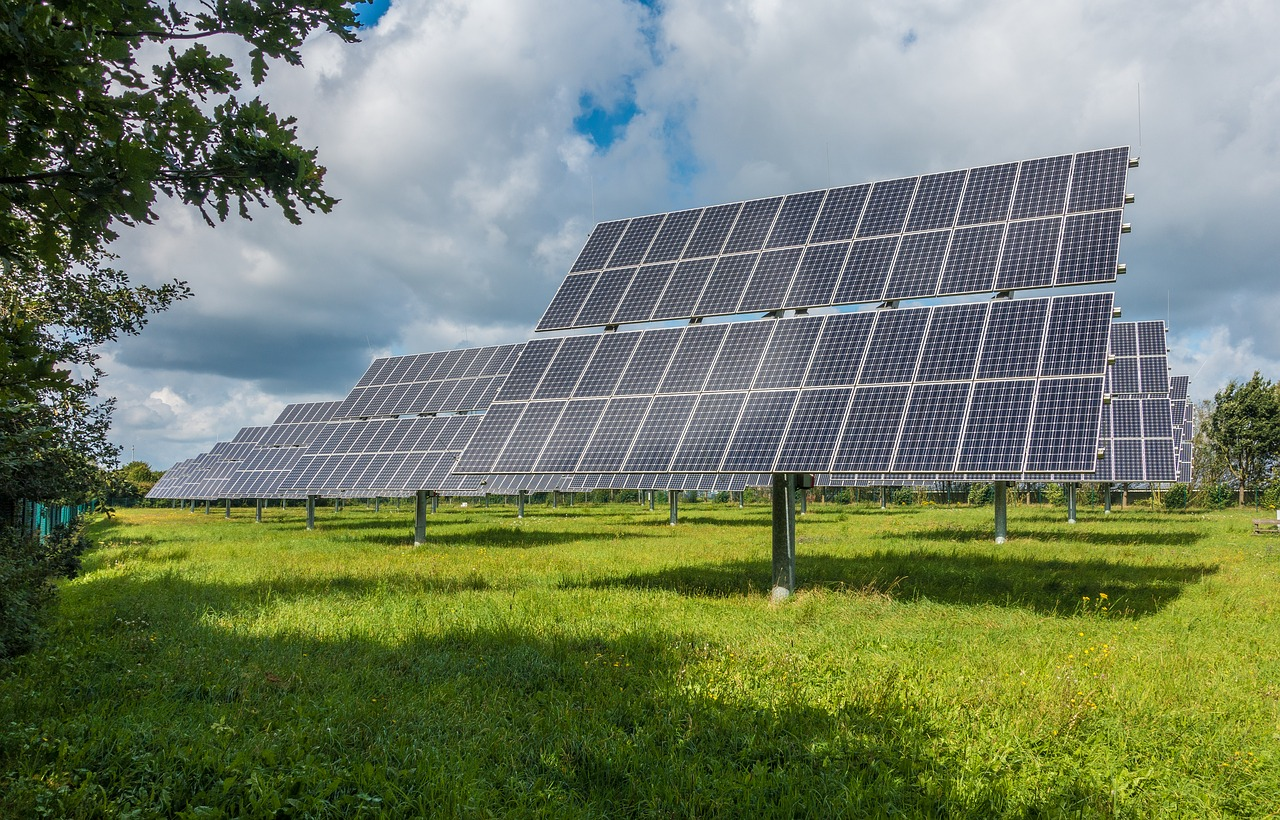Photovoltaic system 2742302 1280