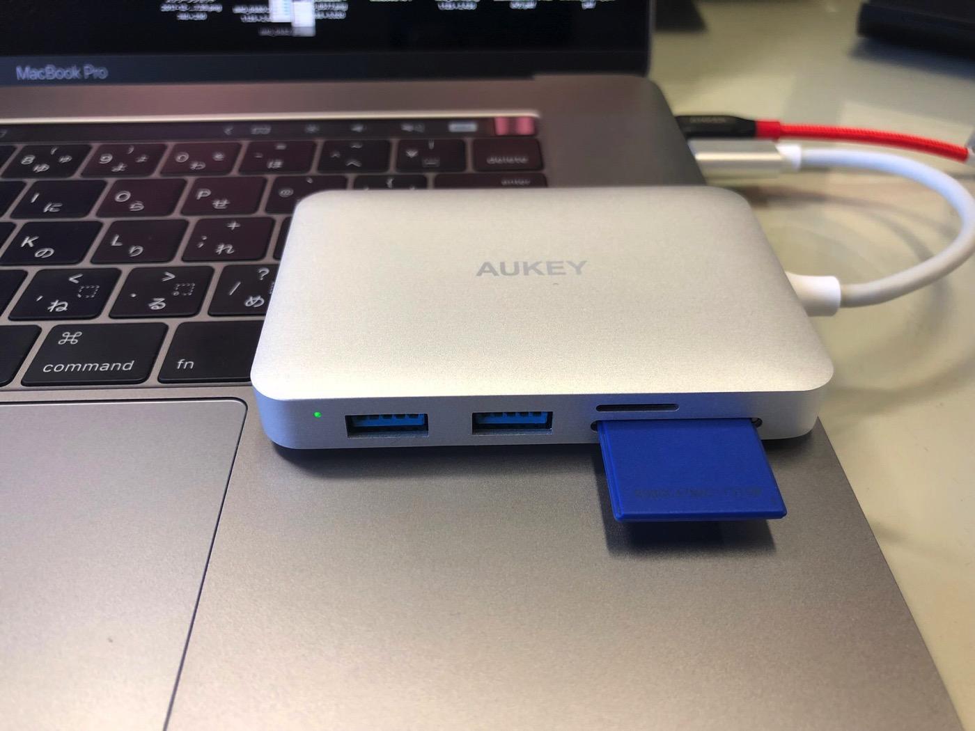 AUKEY USB C ハブ 7 in 1 マルチハブ-12