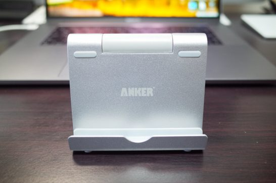 [Amazon]iPad ProやiPhone Xを立てかけるスタンド「Anker タブレット用スタンド」が届いたので紹介してみるよ