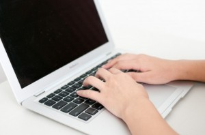 MacBook Airを無線ルーターとして使えば超便利!