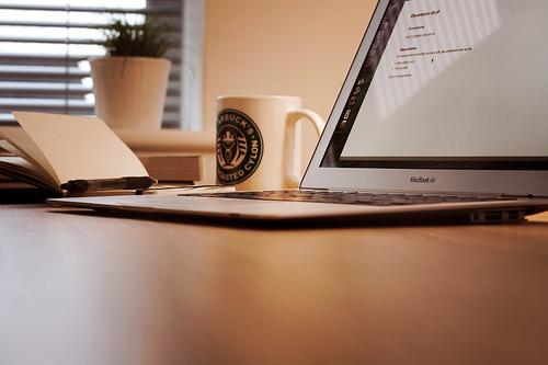 [ブログ]ブログテーマを「el plano」に替えたらシンプル設定なのに見た目がステキ過ぎて驚いた件