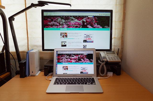 [Amazon][Mac]架台に載せたBenQ24型タンデムディスプレイにしたらすこぶる視認性が高まった件