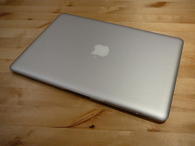 [Apple][Mac]MacBook Air不調により初めてAppleサポートに連絡してみたら簡単でビックリした件