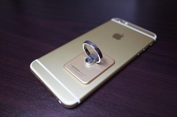 [iPhone 6 Plus]大画面iPhone 6 Plusの片手操作を可能にするお洒落な「Bunker Ring Essential」を試してみたよ