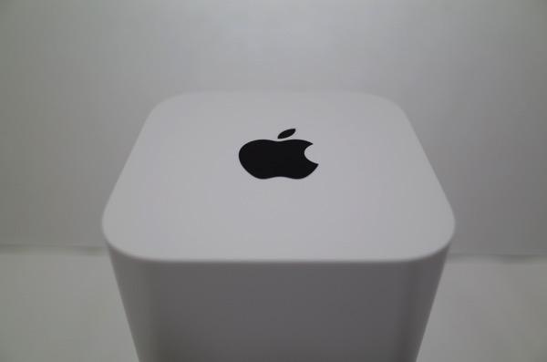 [Amazon][iPhone]レビューゼロwちょっと怪しそうなiPhone 6/6 Plusの卓上ホルダー充電器Dockが届いたよ【2014年11月12日追記有り】