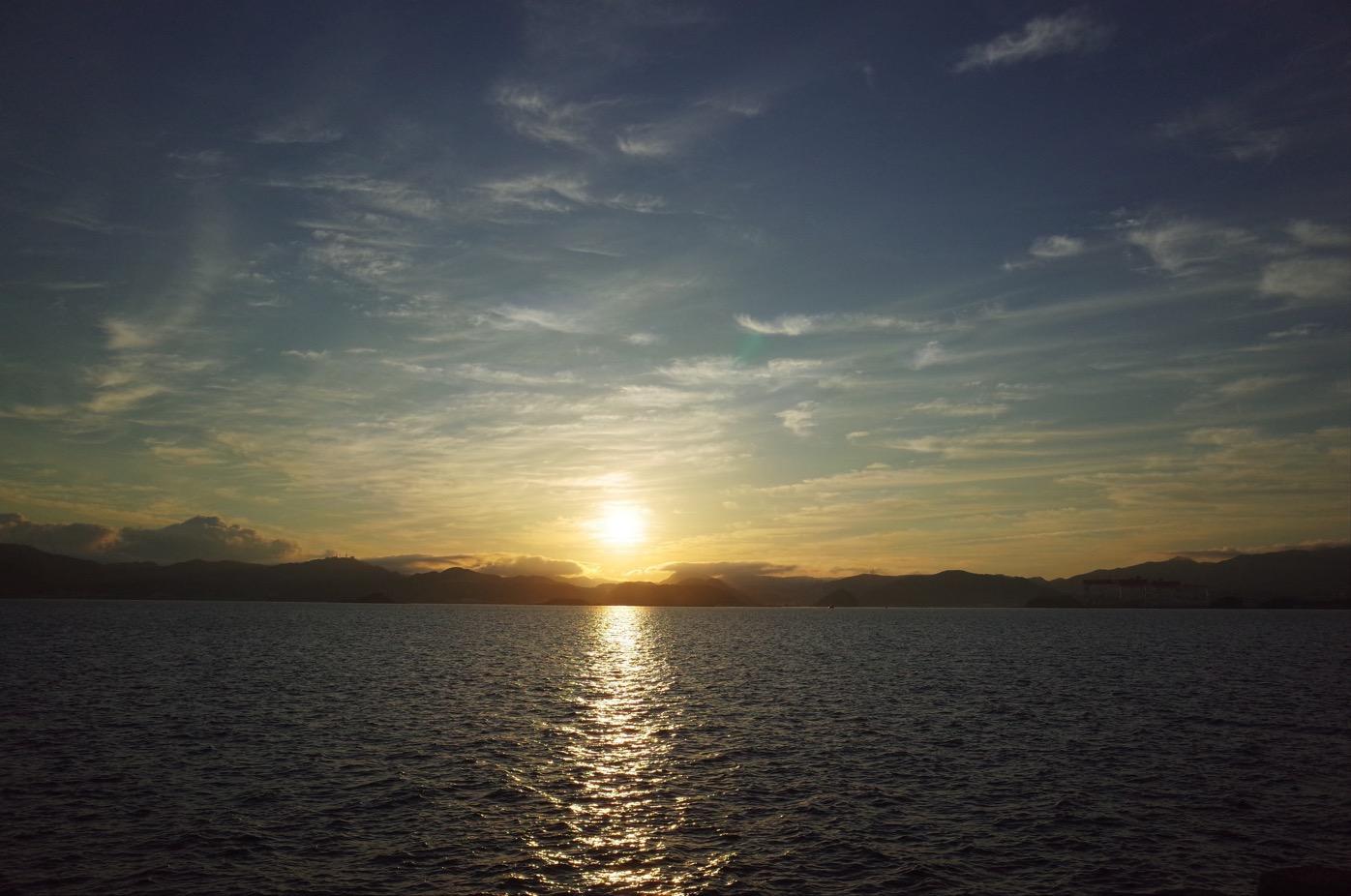 伊王島からの朝日