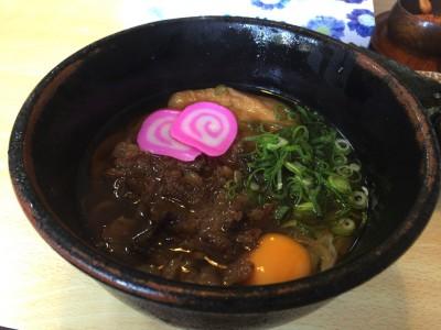 [山口]山口県柳井市にある「釜屋」へ行ってきたよ。平打ち縮れ麺が甘辛く濃い口の出汁に絡んで美味しい♪