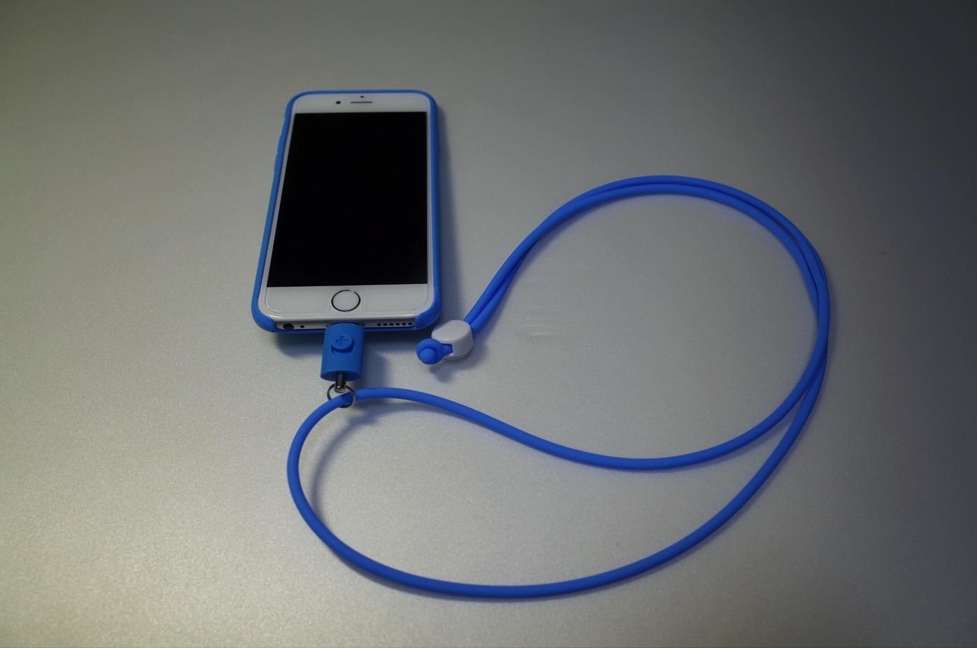 iPhone 6+Lightningコネクター用のネックストラップ
