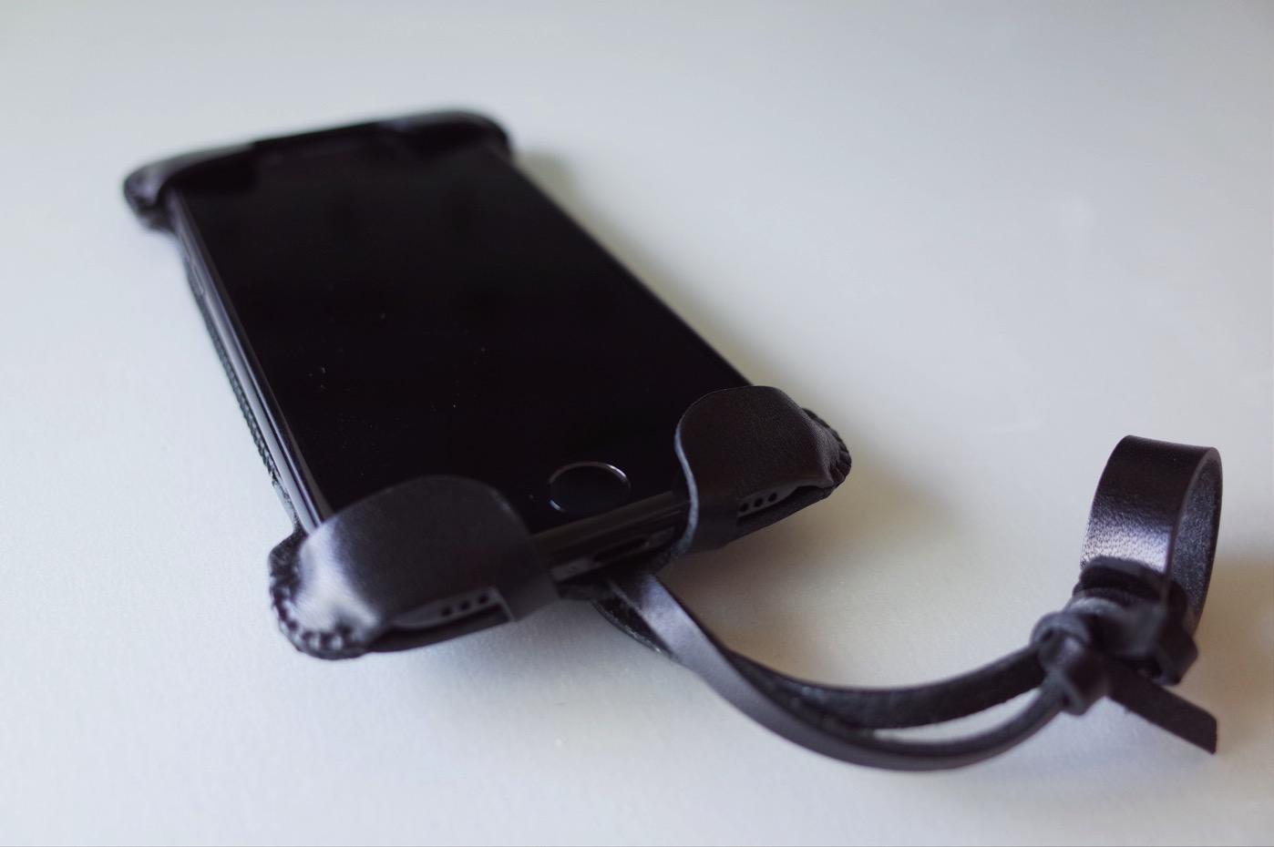 iPhone 7 ジェットブラック 256GB-18