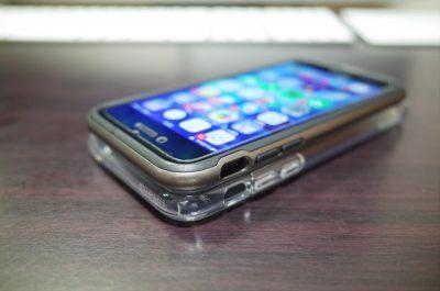[iPhone]新型iPhone Xのケース「Spigen 米軍MIL規格取得 落下 衝撃 吸収 ウルトラ・ハイブリッド 耐衝撃 カバー」を買ってみたよ