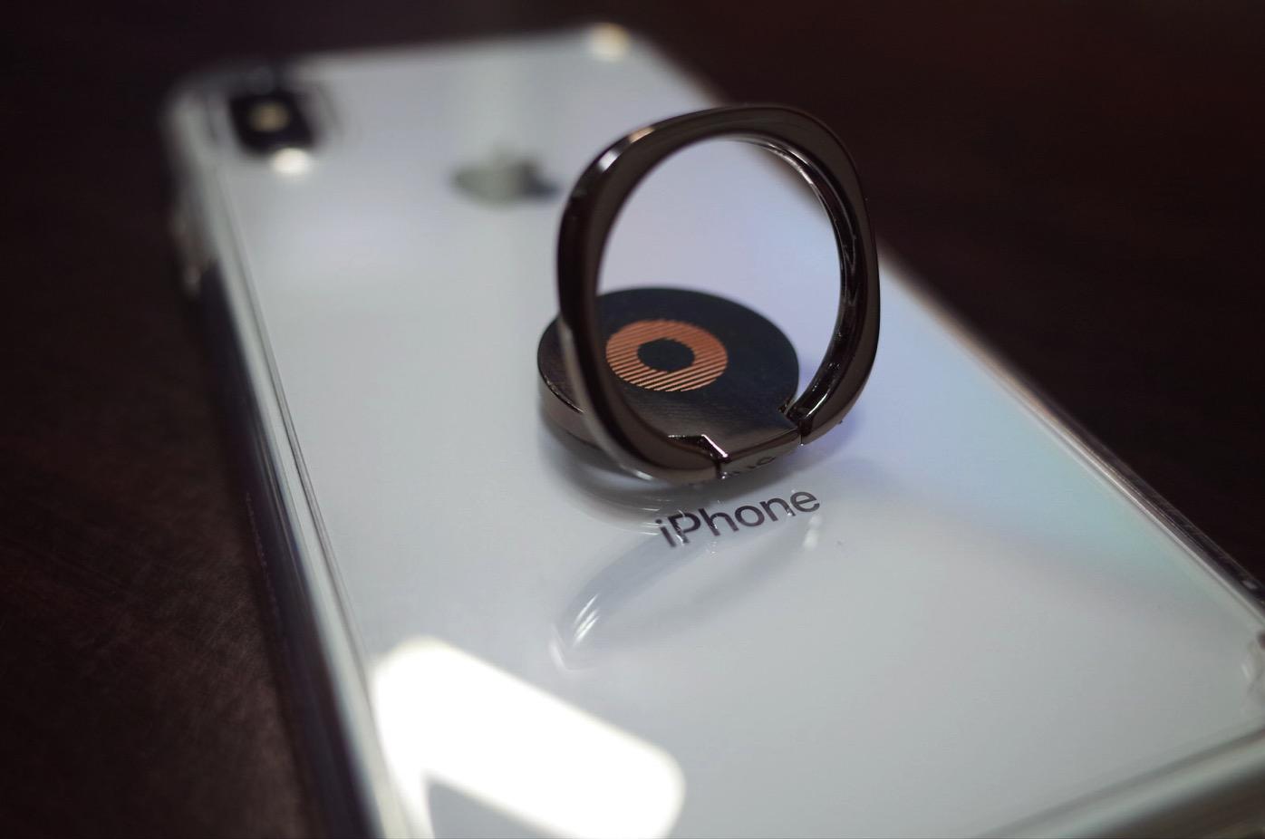 [iPhone]片手操作の機能性向上のため新型「iPhone X」でも360度回転のバンカーリングを導入したよ