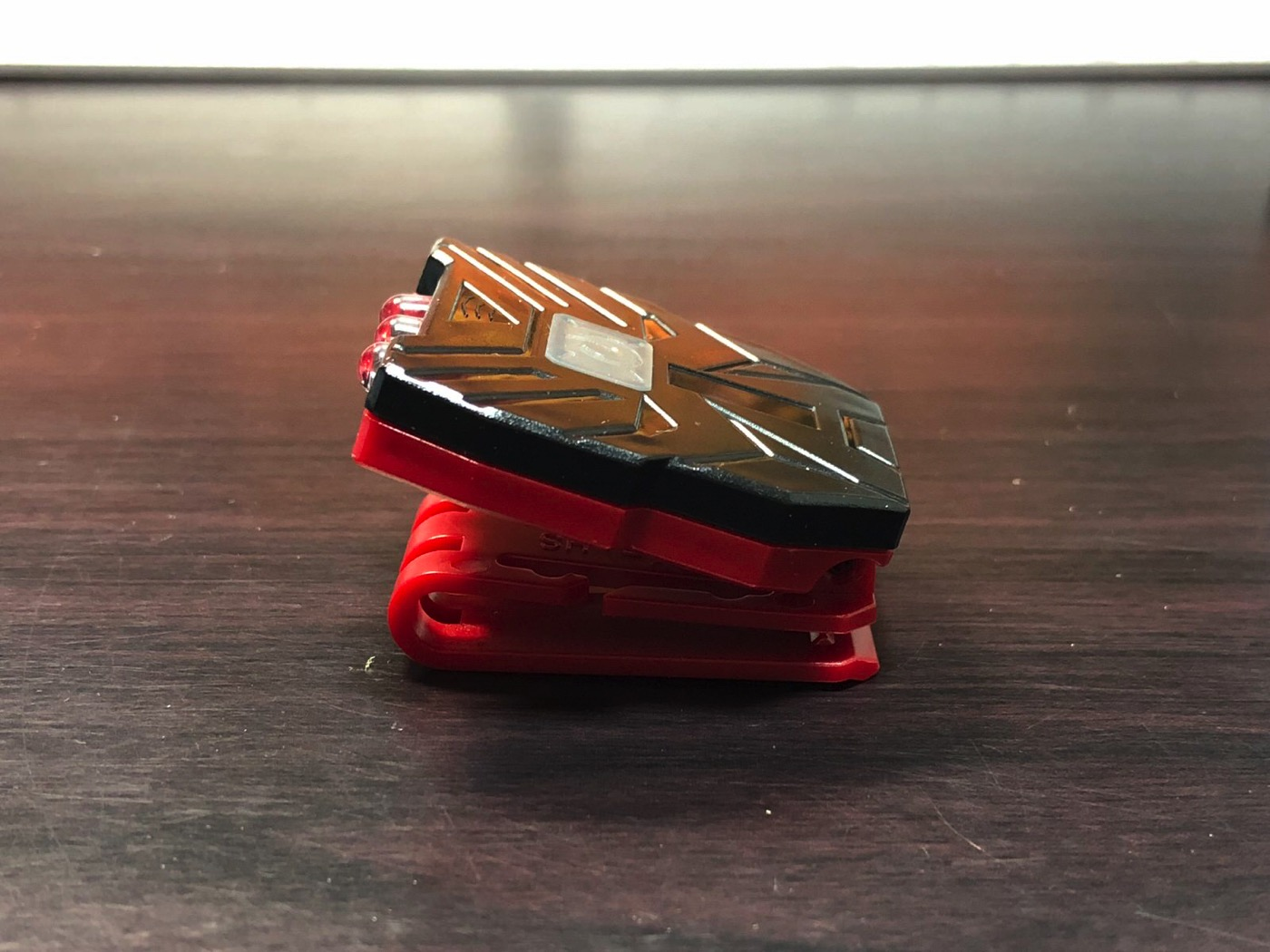 ヘッドライト 40ルーメン LEDキャップライト 帽子ライト センシング機能付 人感センサー ライト 2点灯モード 90度角度調節可能 帽子に挟んで使う-10