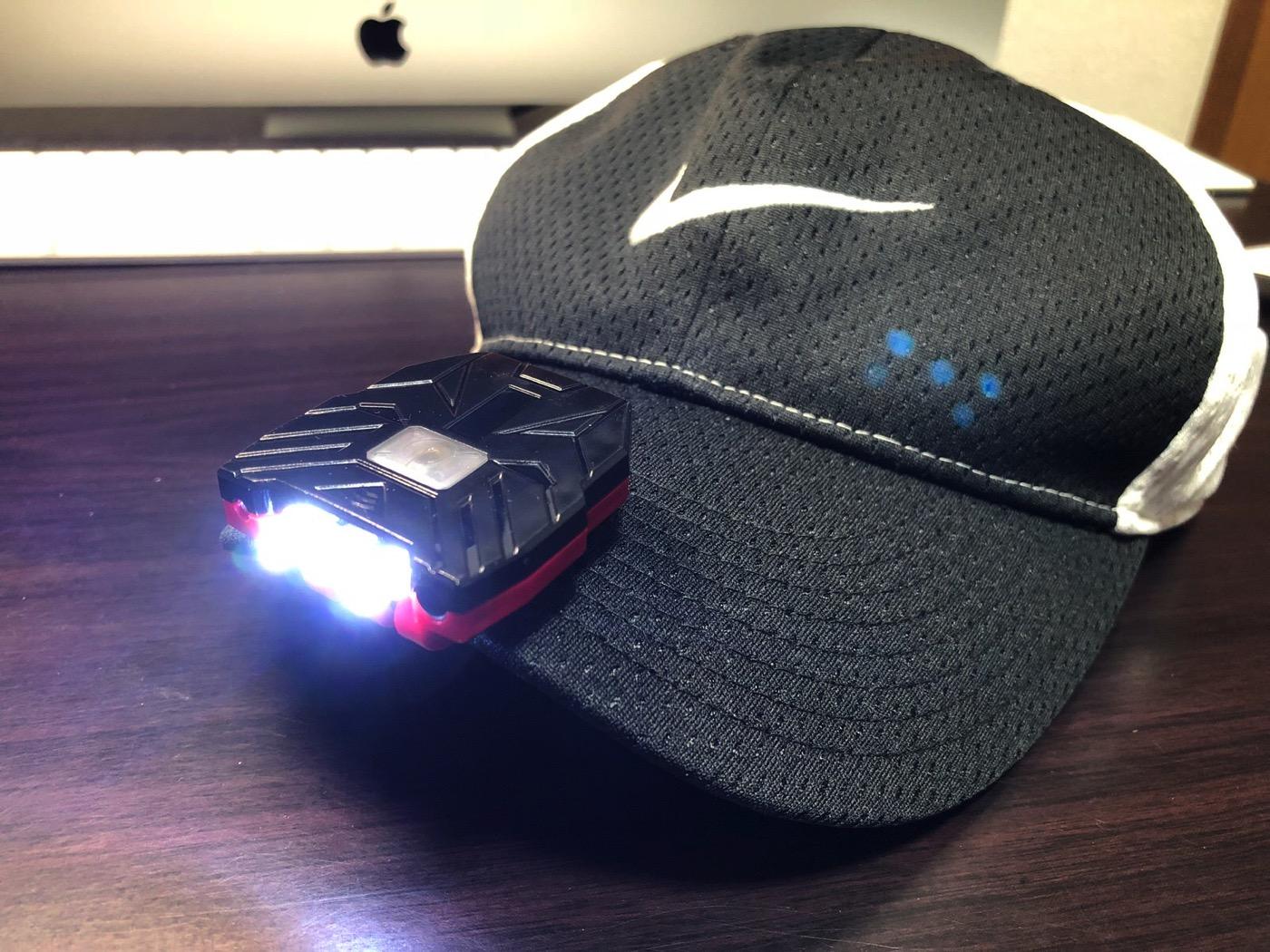 ヘッドライト 40ルーメン LEDキャップライト 帽子ライト センシング機能付 人感センサー ライト 2点灯モード 90度角度調節可能 帽子に挟んで使う-13