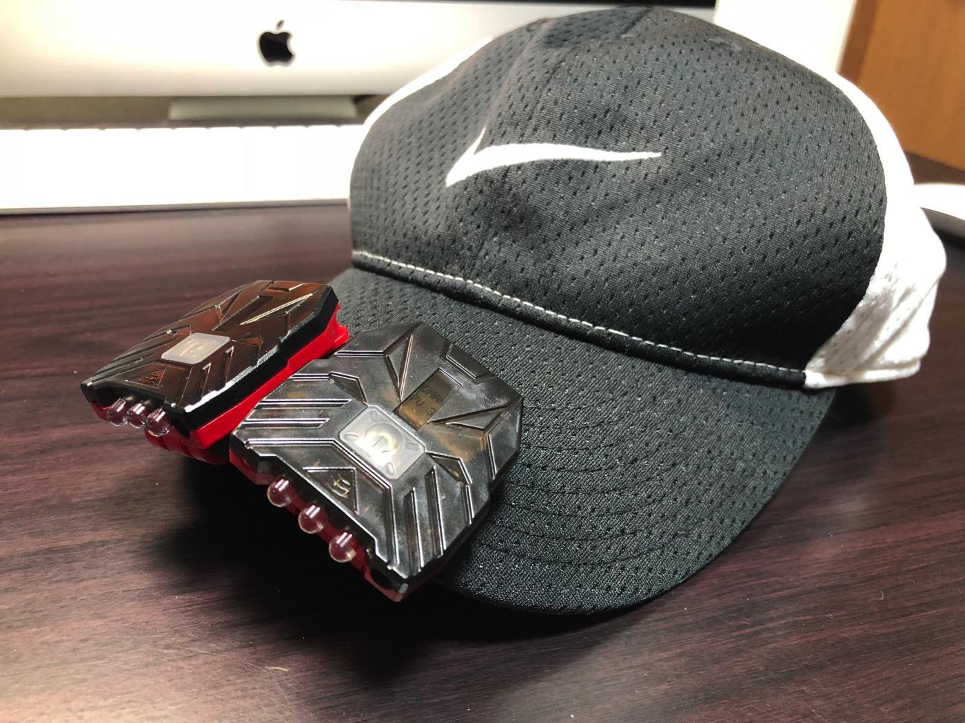 ヘッドライト 40ルーメン LEDキャップライト 帽子ライト センシング機能付 人感センサー ライト 2点灯モード 90度角度調節可能 帽子に挟んで使う-14