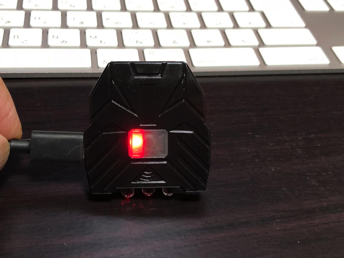 ヘッドライト 40ルーメン LEDキャップライト 帽子ライト センシング機能付 人感センサー ライト 2点灯モード 90度角度調節可能 帽子に挟んで使う-20