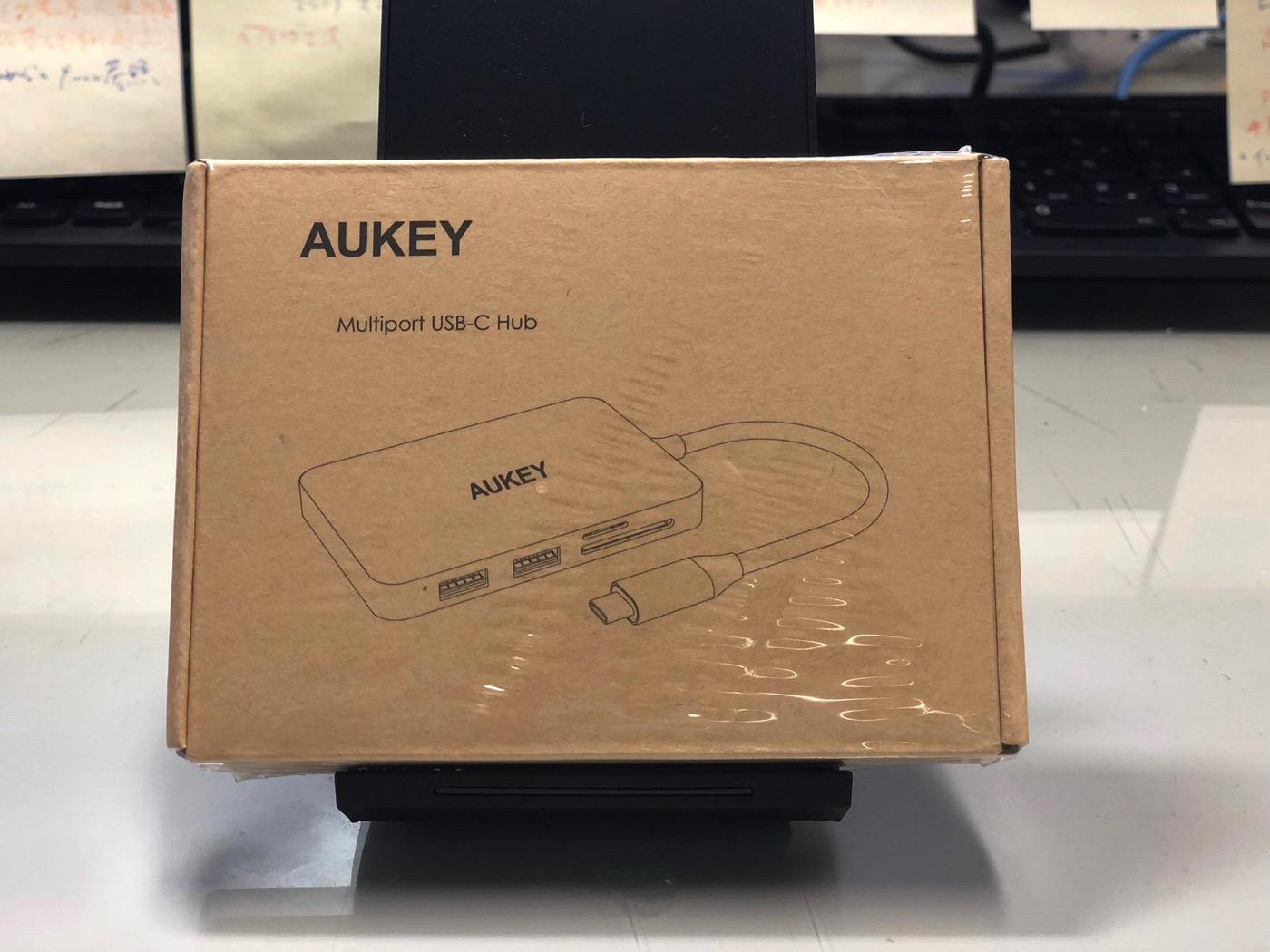 AUKEY USB C ハブ 7 in 1 マルチハブ-1