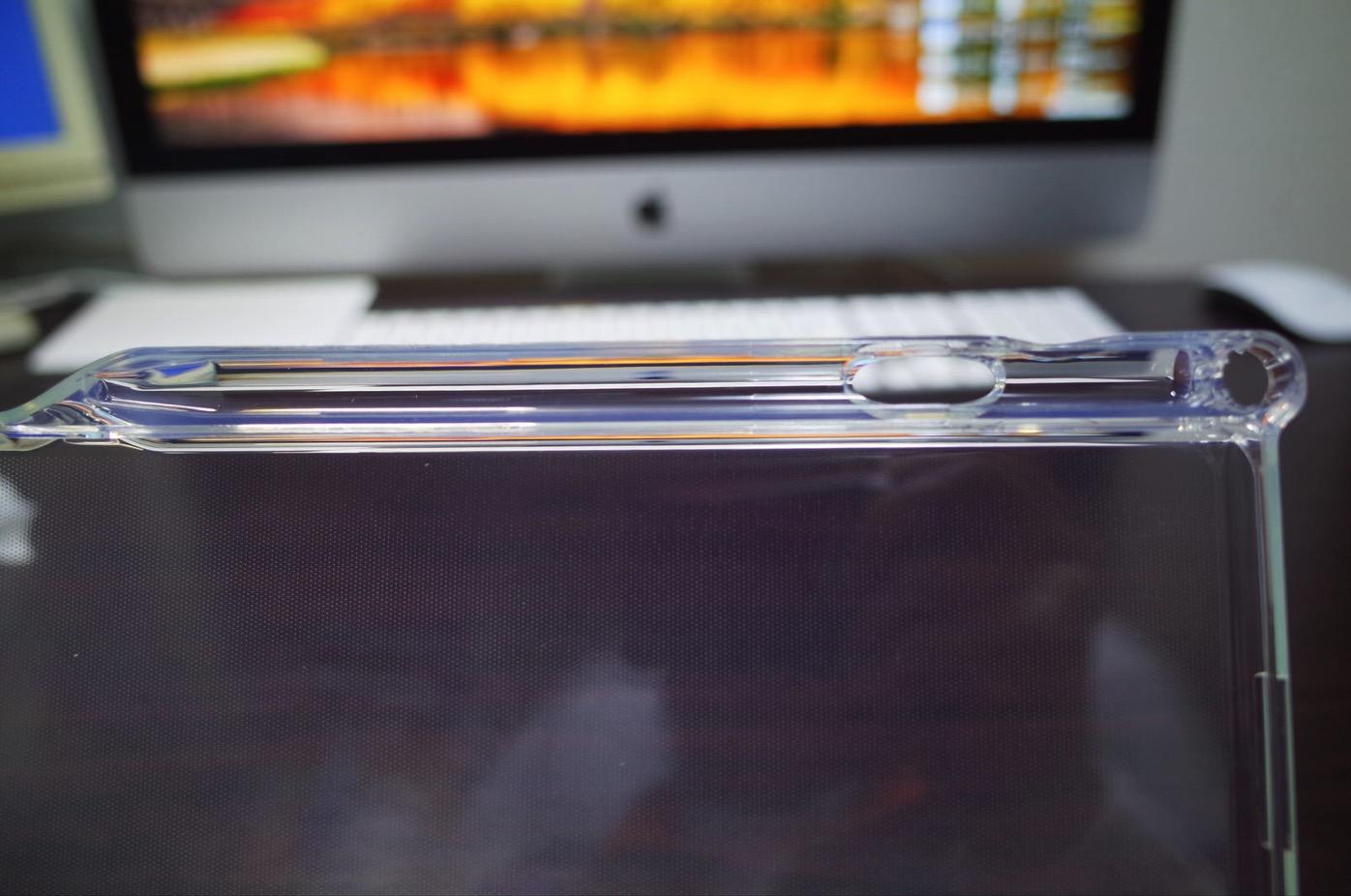 iPad Pro 10.5 ケース Poetic -[Lumos Series]- アップル 10.5型 アイパッド プロ 対応 [ウルトラスリム] [TPU製 ケース] Smart Keyboard 対応 Apple Pencil 収納スロット付き (クリスタルクリア)-5