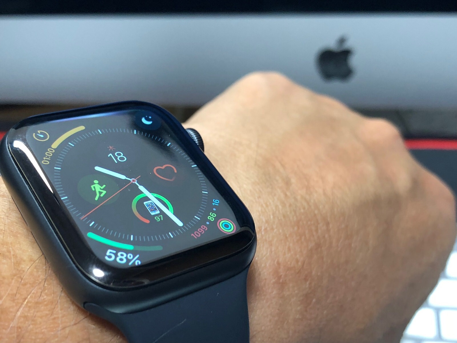 Apple Watch Series 4-0