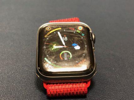 [Apple Watch]リピート!Apple Watch Series 4用ディスプレイ保護用ケースの中でこれが一番しっくりきてます