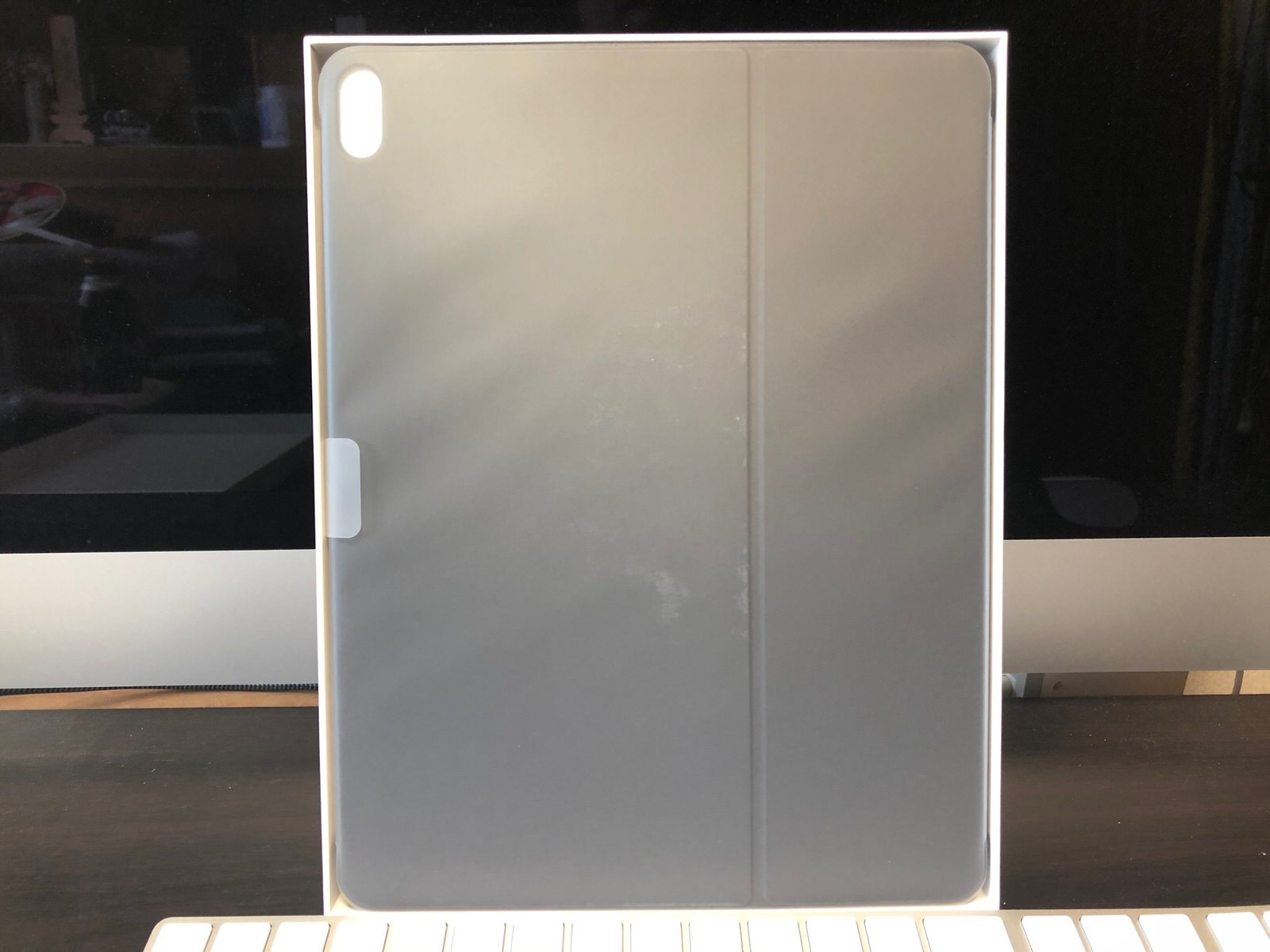 SmartKeyboardFolio-3