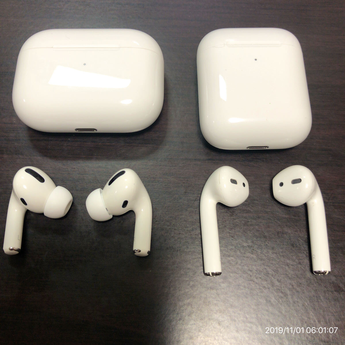 AirPods Pro−13