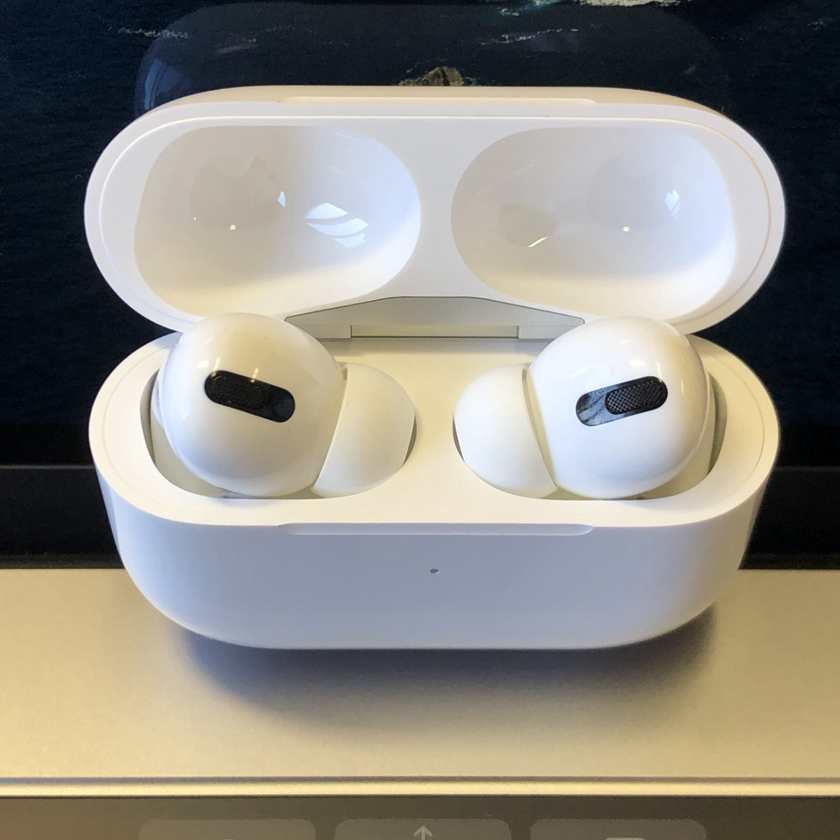 AirPods Pro−8