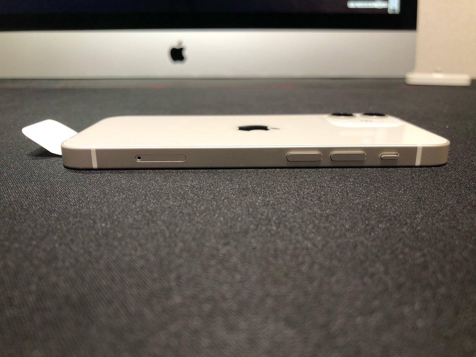 iPhone 12 mini −12