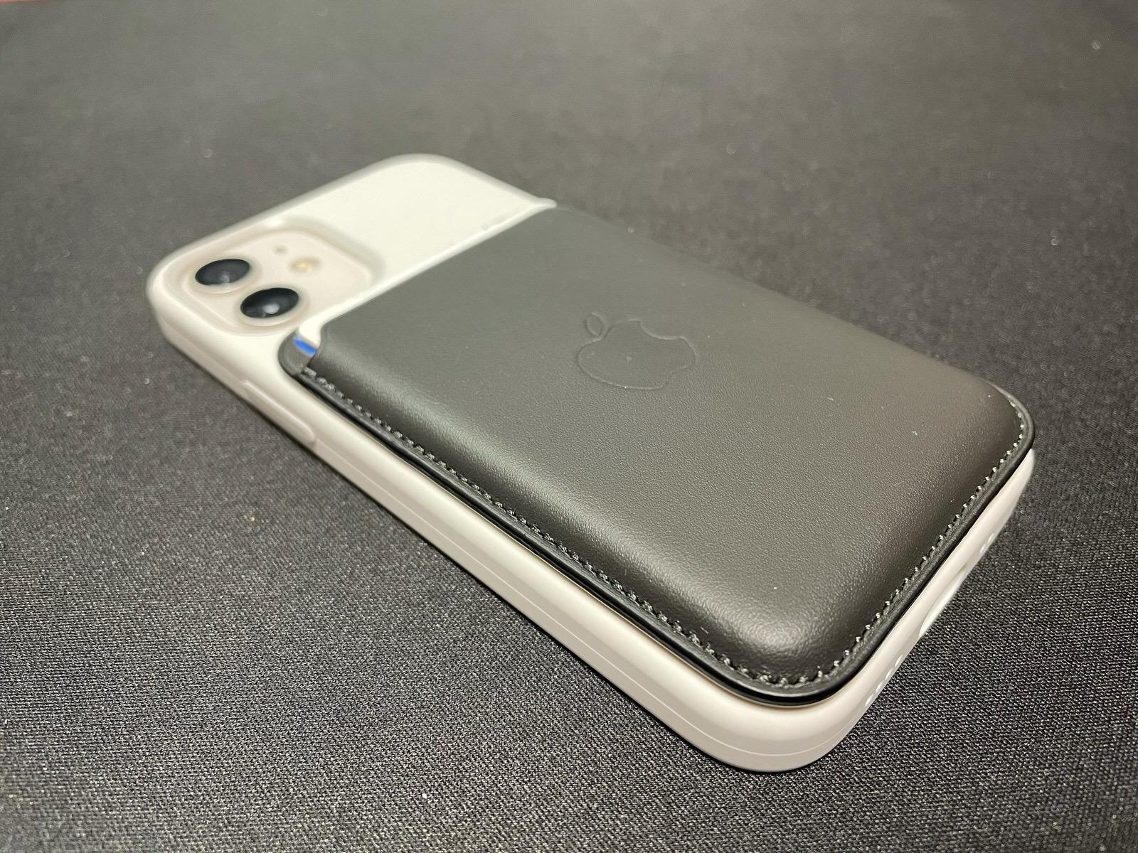 MagSafe対応iPhoneレザーウォレット - ブラック−13