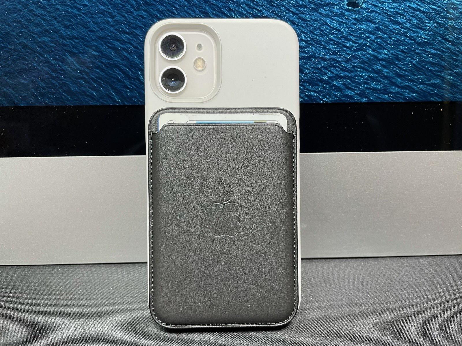 MagSafe対応iPhoneレザーウォレット - ブラック−1