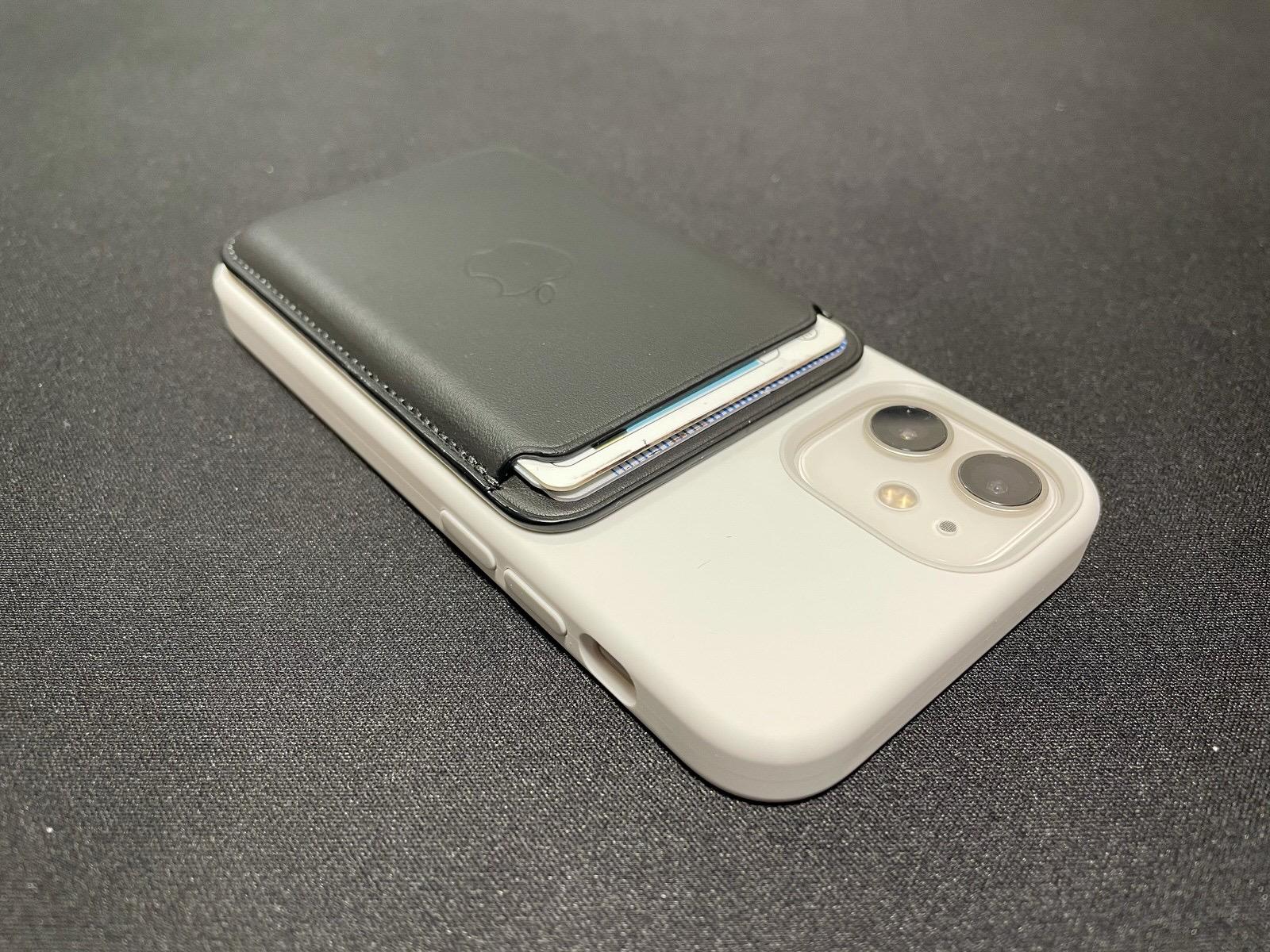 MagSafe対応iPhoneレザーウォレット - ブラック−14