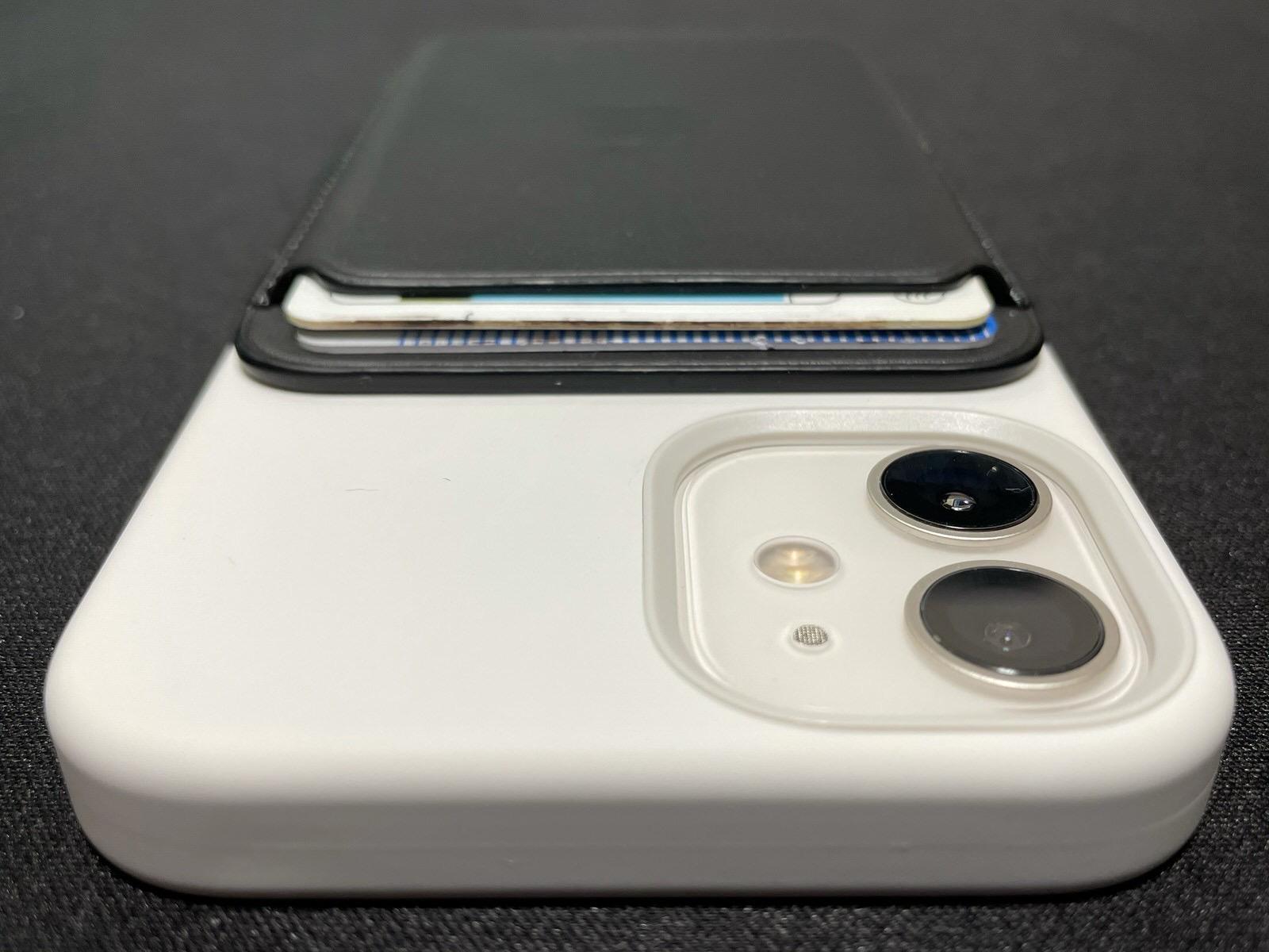 MagSafe対応iPhoneレザーウォレット - ブラック−18